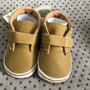 Other - Unisex Fringed baby shoes